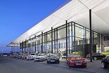 Facade of the Daimler Branch in Schweinfurt