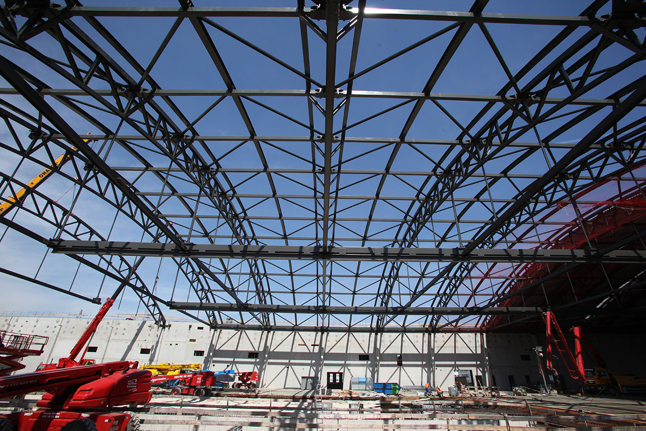 Construction of a New Aircraft Maintenance Hangar